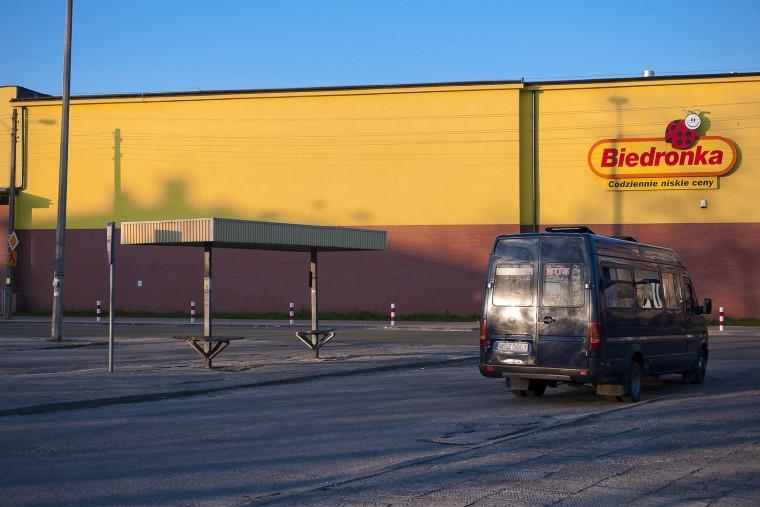 By the Biedronka Store  Pod Biedronką Starachowice, 2011